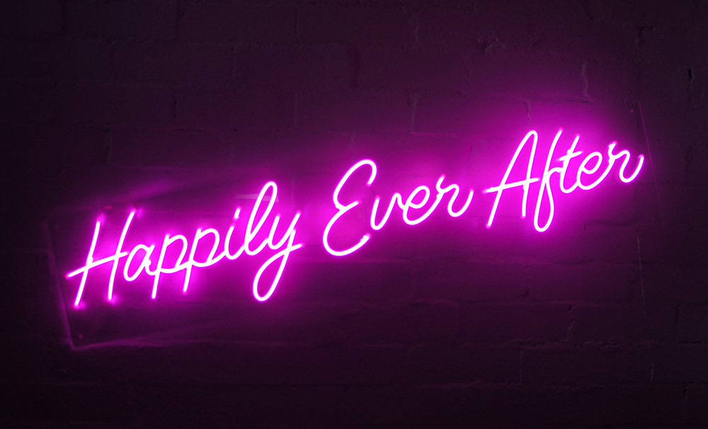 Epic Party Hire Neon LED Signs Happily Everafter